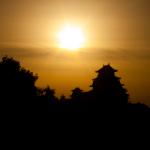 姫路城と朝焼けの空@男山配水池|castlehimeji.com
